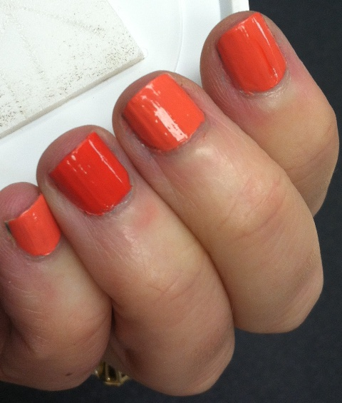 orange nail trend